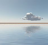 Det enkla molnet svävar på horisont Royaltyfri Foto