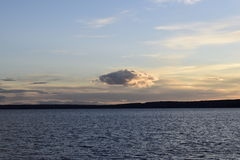 Det ensamma molnet Royaltyfri Bild
