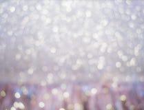 Det exklusiva höga slutet, den kungliga lilan, jul semestrar oskarpa ljus för bakgrund festligt härligt arkivfoton