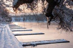 Det färgrika landskapet på vintersoluppgången parkerar in Royaltyfria Foton