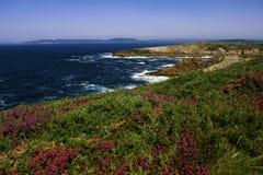 Det fantastiska landskapet av Atlanticet Ocean, en Coruña, Spanien royaltyfri bild