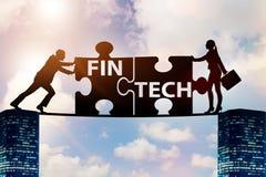Det finansiella teknologibegreppet för fintech med pusselstycken Arkivfoton