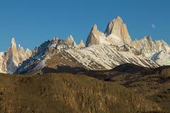 Det Fitz Roy berget, el chalten patagonia Argentina royaltyfria bilder
