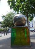 Det fjärde äpplet - Paris, Frankrike Arkivbild