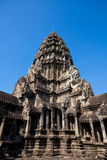 Det forntida fördärvar av en historisk en khmertempel i tempelcomplen Royaltyfria Foton