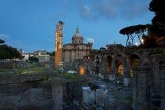 Det forntida fördärvar på Roman Forum i Rome, Italien Royaltyfri Foto