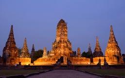 Forntida tempel i Thailand, Wat Chaiwatthanaram Royaltyfri Fotografi
