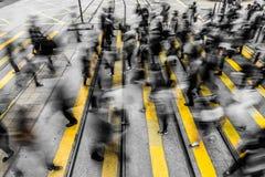 Det fullsatta folket som in bor, rusar Fotografering för Bildbyråer