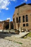 Det gamla centret av Bucharest - fördärvar royaltyfri fotografi