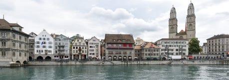 Det gamla centret av Zurich på Schweiz Royaltyfri Bild