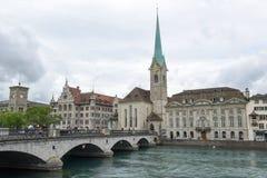 Det gamla centret av Zurich på Schweiz Royaltyfri Fotografi