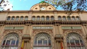 Det gamla härliga huset i Barcelona spain arkivfilmer