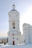 Det gamla klockatornet i Kolomenskoye parkerar i vinter Fotografering för Bildbyråer