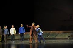 Det gamla parets den förväntanJiangxi operan en besman Arkivfoton