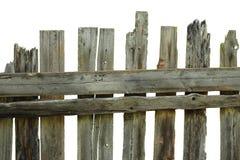 Det gamla ruttna staketet av sörjer bräden Arkivbild