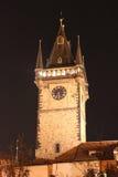 Det gamla stadshuset, Prague afton Arkivfoton