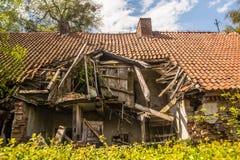 det gammala huset fördärvar Royaltyfri Foto