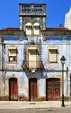 Det gammala huset i Miranda gör Corvo Royaltyfria Bilder