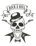 det gitarr- och skallet-skjortan trycket, 'vaggar - och - rull'typografi royaltyfri illustrationer