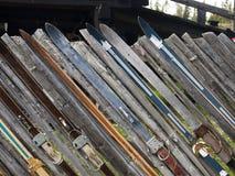 det gjorda utöver det vanliga staket skidar Fotografering för Bildbyråer