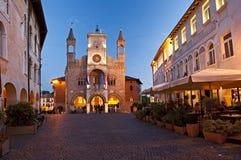 Det gotiska kollektiva slottsymbolet av staden av Pordenone, Italien Arkivbild