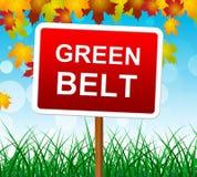 Det gröna bältet betyder det pittoreska landet och plats Arkivfoto