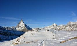 Det härliga berget i Schweiz royaltyfria foton