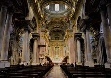 Det härliga inre utrymmet av kyrkan i ItalyLiguria Fotografering för Bildbyråer