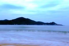 Det härliga landskapet av stranden i den shantou nanao ön, guangdong, porslin royaltyfri bild