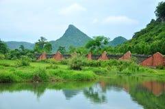 Det härliga lantliga landskapet i vår Royaltyfri Foto