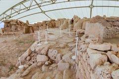 Det Hagar Qim tempelkomplexet grundar på ön av Malta Arkivbilder