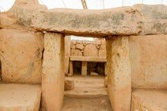 Det Hagar Qim tempelkomplexet grundar på ön av Malta Royaltyfri Foto