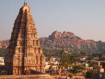 Det Hampi tempelkomplexet, en UNESCOvärldsarv i Karnataka, Indien royaltyfri fotografi