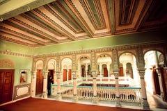 Det Haveli herrgårdhuset tillhör den rika indiska familjen Fotografering för Bildbyråer