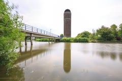 Det historiska vattentornet tien gemeenten i Zoetermeer, Netherlen Arkivbilder