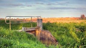 Det holländska lantliga landskapet på en solig dag kan in Royaltyfria Bilder