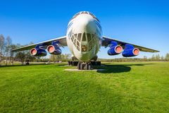 Det Ilyushin Il-76 flygplanet Royaltyfri Bild