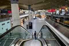 Det inre utrymmet av den internationella terminalen av flygplatsPuen Arkivbild