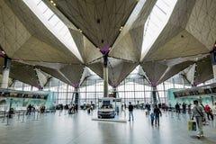 Det inre utrymmet av den internationella terminalen av flygplatsPuen Royaltyfria Foton