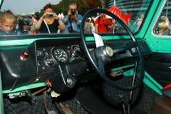 Det internationella antika motorfordonet samlar 'Riga Retro' 2013 Arkivfoto