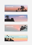 Det japanska banret för himmel för slottlandskapsolnedgången, sörjer trädet och den sakura konturbokmärken Arkivbilder