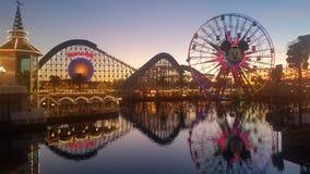 Det Kalifornien affärsföretaget parkerar i December Arkivfoton