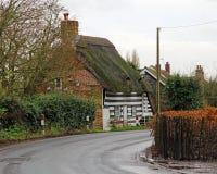 Det Kent landet halmtäcker stugan Royaltyfri Bild