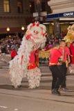 Det kinesiska nya året ståtar i kineskvarter Royaltyfri Fotografi