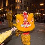 Det kinesiska nya året ståtar i kineskvarter Arkivfoto