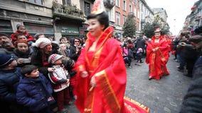 Det kinesiska nya året ståtar i Milan 2014 Arkivfoto