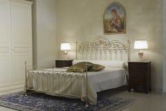 det klassiska sovrummet värme royaltyfri bild
