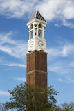 Det Klocka tornet på universitetsområdet av det Purdue universitetet Royaltyfria Foton