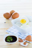 Det kokt ägget kuper in Royaltyfri Fotografi