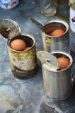 Det kokta fega ägget kan in thailändsk stil Arkivbild